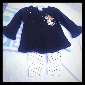 NWT Minnie Mouse outfit 12 mth